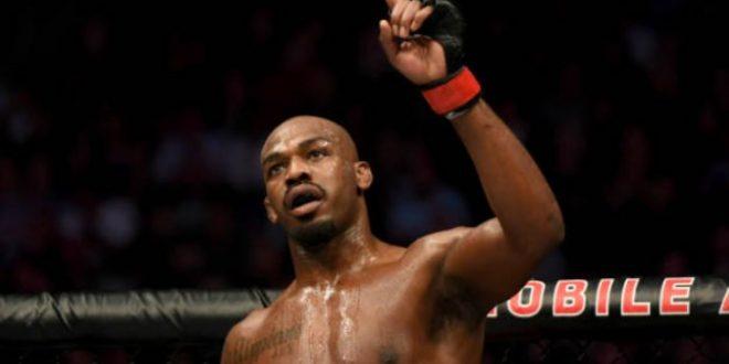 Presidente do UFC garante que Dominick Reyes dará trabalho para Jon Jones: 'Luta enorme'